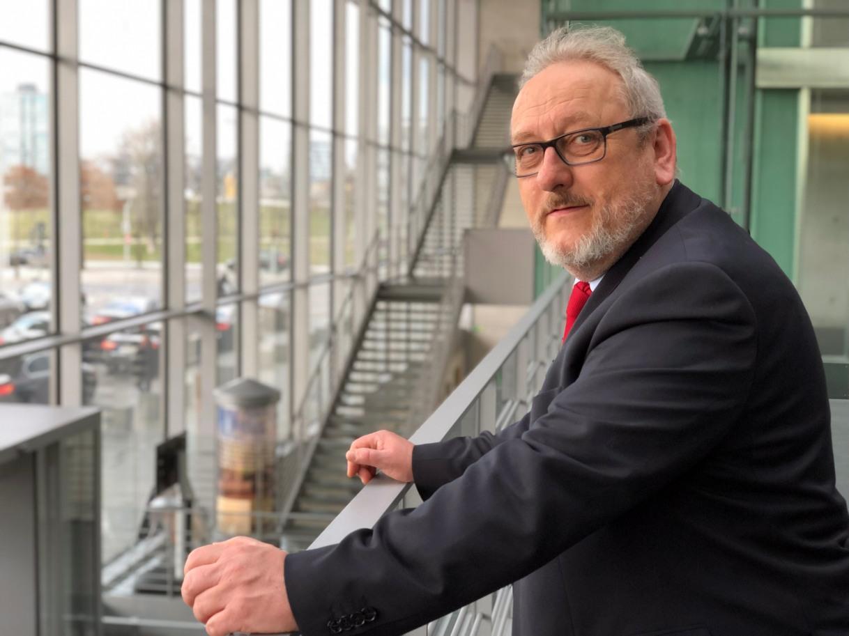 Dr. Jürgen Martens als Politiklehrer -Wiederholung nichtausgeschlossen