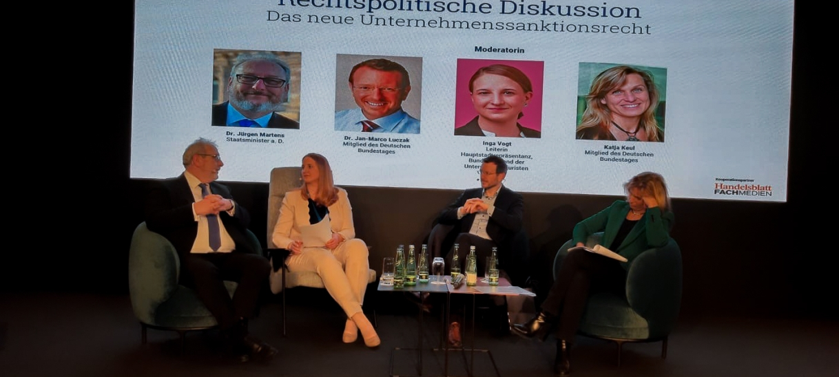 Podiumsdiskussion: Verbandssanktionen
